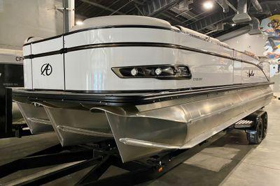 2021 Avalon Catalina Platinum Entertainer 27' w/ 300HP Verado!
