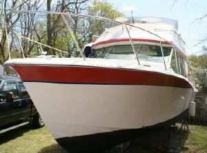 1974 Bayliner 33 Uniflight