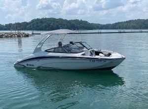 2019 Yamaha Boats 212 Limited S