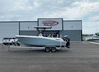 2016 Wellcraft 242 Fisherman