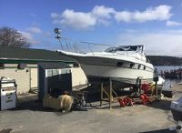 1989 Cruisers Yachts Cruiser 3370 Esprit
