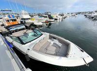 2021 Cruisers Yachts 338 Bowrider