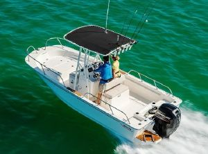 2021 Boston Whaler 190 Montauk