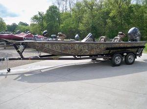 2021 War Eagle 2370 Black Hawk Cat Fish