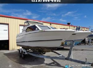 1999 Bayliner 2452 Cruiser