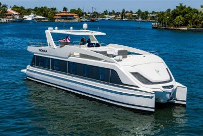 2017 Overblue 58 Power Catamaran