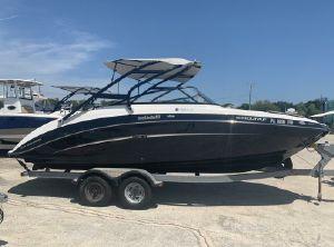 2014 Yamaha Boats 242 LTD S