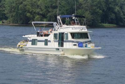 1996 Harbor Master Coastal Cruiser Wide Body