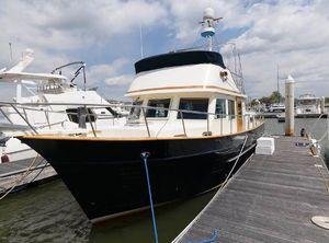2005 Mariner Orient 38
