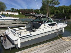 1986 Tiara Yachts 2700 Continental