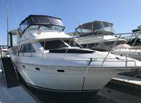 2003 Cruisers Yachts 3750 Motoryacht