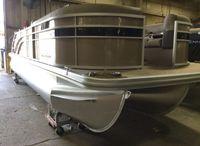 2022 Bennington SX Series 22 SSBX -SWINGBACK