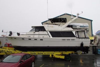 1987 Bayliner 4550 Pilothouse with THRUSTER
