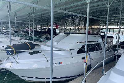 1996 Mainship 31' Sedanbridge