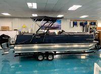 2022 Avalon Catalina Platinum Versatile Rear Bench 25'