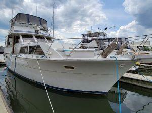 1983 Uniflite Motor Yacht