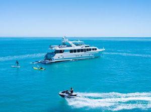 2004 Broward Motor Yacht