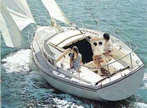 1977 Catalina 325