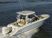 2022 Boston Whaler 240 Vantage