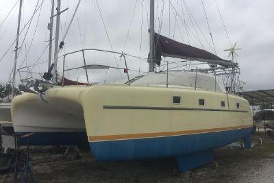 2001 Endeavour Catamaran Victory