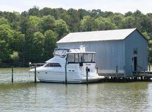 1999 Cruisers Yachts 3750 Motoryacht