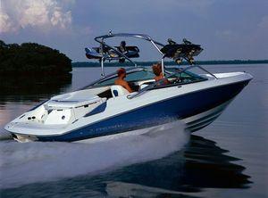 2007 Regal 2200 Bowrider