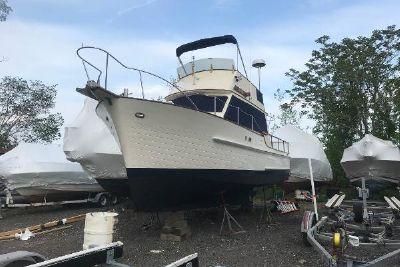 1984 Island Gypsy Trawler Sedan