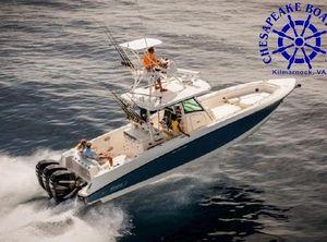 2022 Boston Whaler 350 Outrage