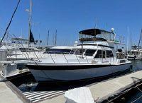 1981 Uniflite 48 Yacht Fisherman