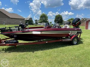 2005 Charger Boats 195 Foxfire