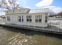 2006 Harbor Cottage Floating Home