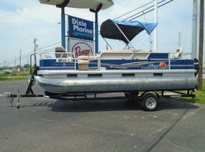 2012 Sun Tracker Fishin' Barge 20 DLX
