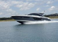 2017 Cruisers Yachts 60 Cantius
