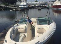 2002 Sea Ray 220 Bow Rider