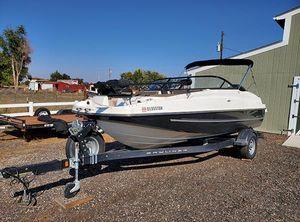 2017 Bayliner 190 Deck Boat Fisk & Ski