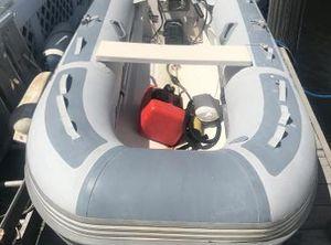 2011 West Marine RIB 310 HYP