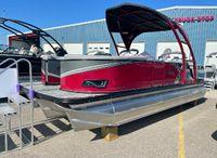 2022 Tahoe Pontoon LTZ Versatile Rear Lounger 24'