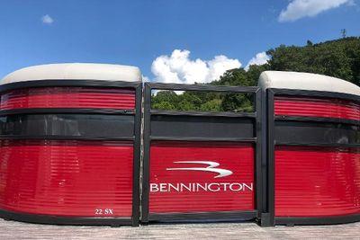 2022 Bennington 22 SSLX