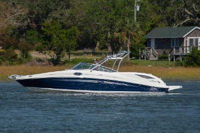 2013 Sea Ray 300 Sundeck
