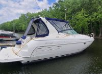 1999 Cruisers Yachts 3575 Esprit