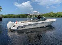 2020 Boston Whaler 27 VANTAGE