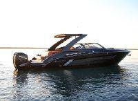 2022 Cruisers Yachts 338 Bowrider
