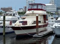 1983 Trojan 454 Motor Yacht