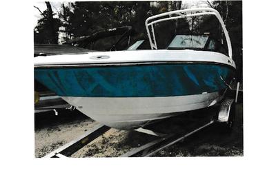 2021 Monterey M22 Luxury Bowrider