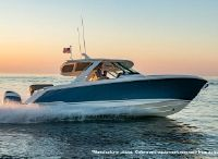 2022 Tiara Yachts 38LS