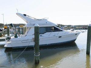 1997 Bayliner 3388 Command Bridge Motoryacht