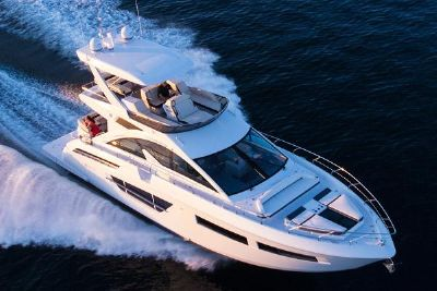 2022 Cruisers Yachts 60 Fly