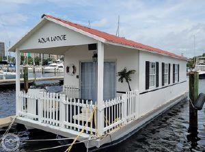 2007 Catamaran Cruisers 42x12 Aqua Lodge
