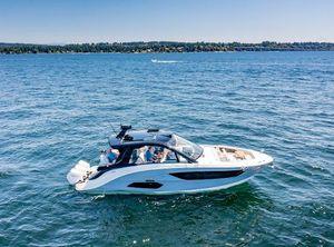 2022 Sea Ray Sundancer 370 OB