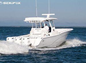2021 Sea Fox Commander 368